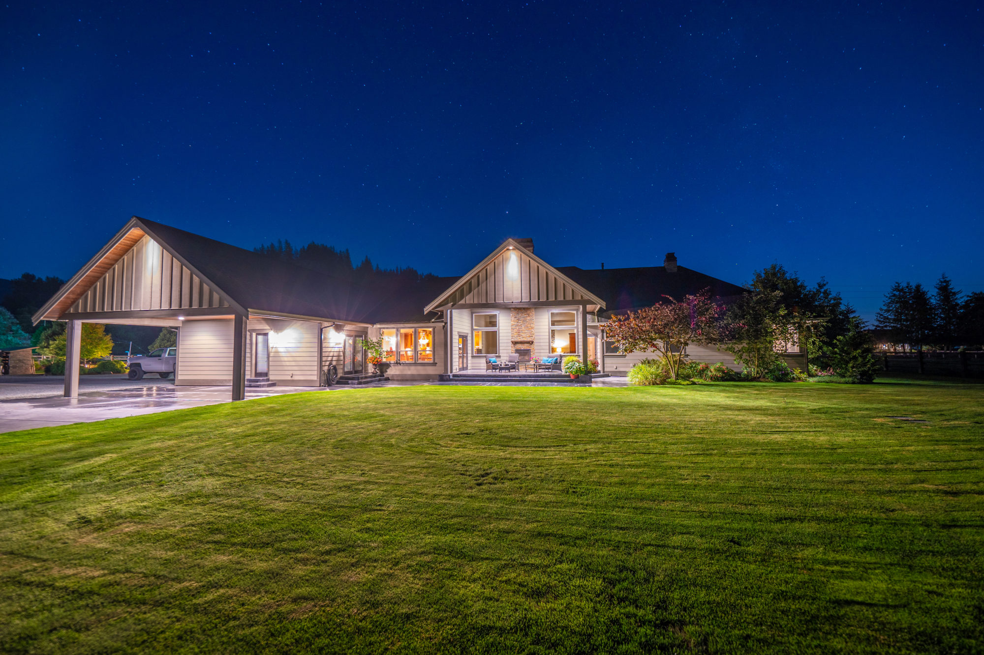 enumclaw night photogtraphy real estate listing hdr